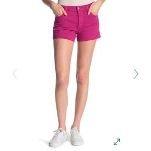 Pink frayed hem shorts